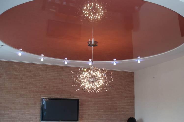 подвесная люстра на натяжной потолок