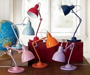 как выбрать настольную лампу школьнику