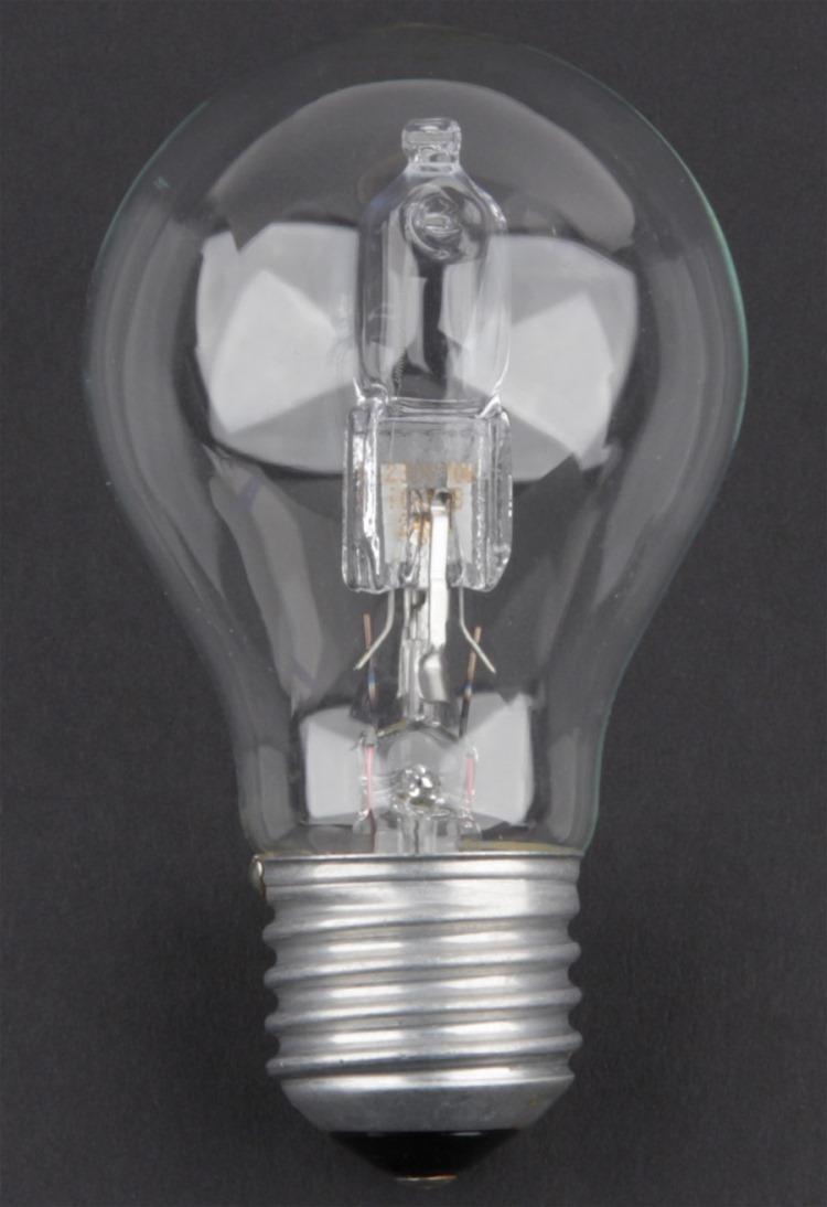 световой поток галогенных ламп
