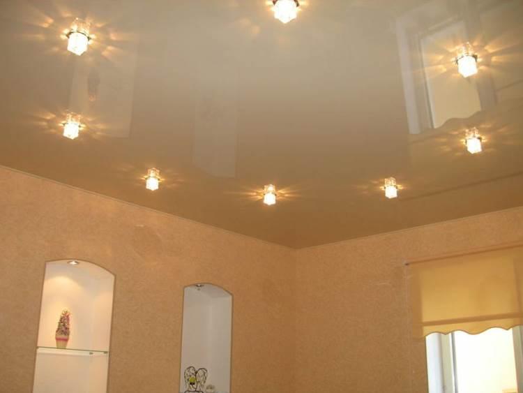 встраиваемые светильники для подвесных потолков