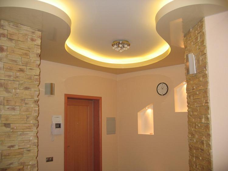 какие светильники натяжные потолки