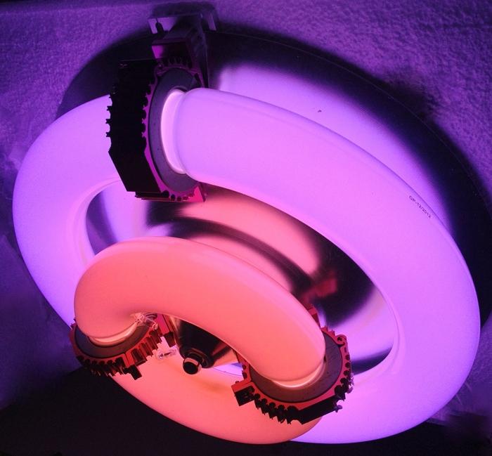 индукционная лампа для растений